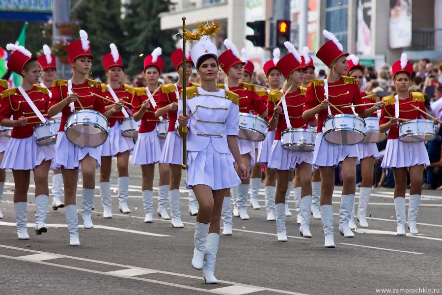 Фоторепортаж шествия 'Все мы - Россия!'. Тысячелетие единения мордовского народа с русскими