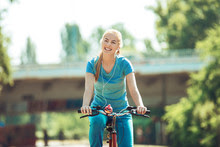 Health benefits of exercising with a bicycle