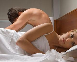 Cách nhận biết phụ nữ mới quan hệ xong