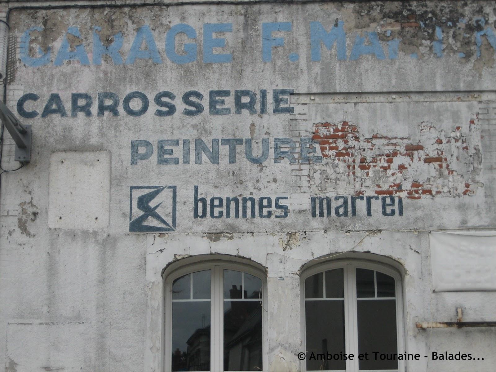 Les murs peints s 39 affichent enseignes amboisiennes opus 2 for Enseigne garage automobile
