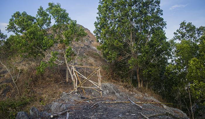 Pesanggrahan Menjelang Puncak Gunung Gajah Mungkur