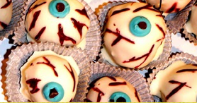 Eye ball cake balls