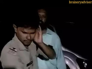 son-congress-mlc-give-punishment-police-sub-inspector-kurnool-andhra-paredesh-for-checking-car-fake