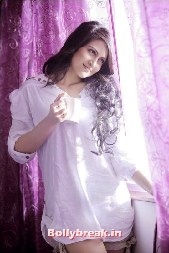 , Long Hair Actress - Kahkkashan Aryan Pics in Western Dresses