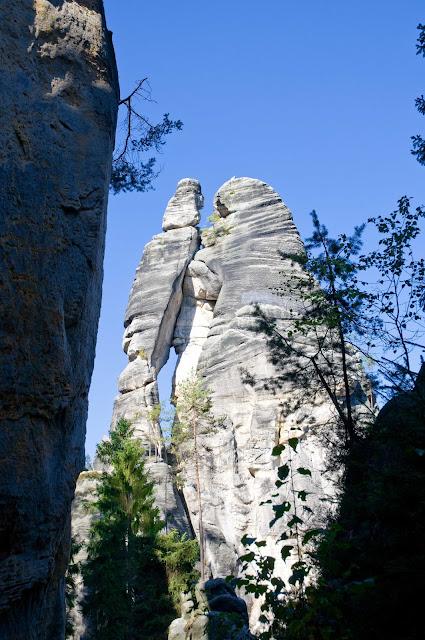 formacje skalne w Czechach skalne miasto