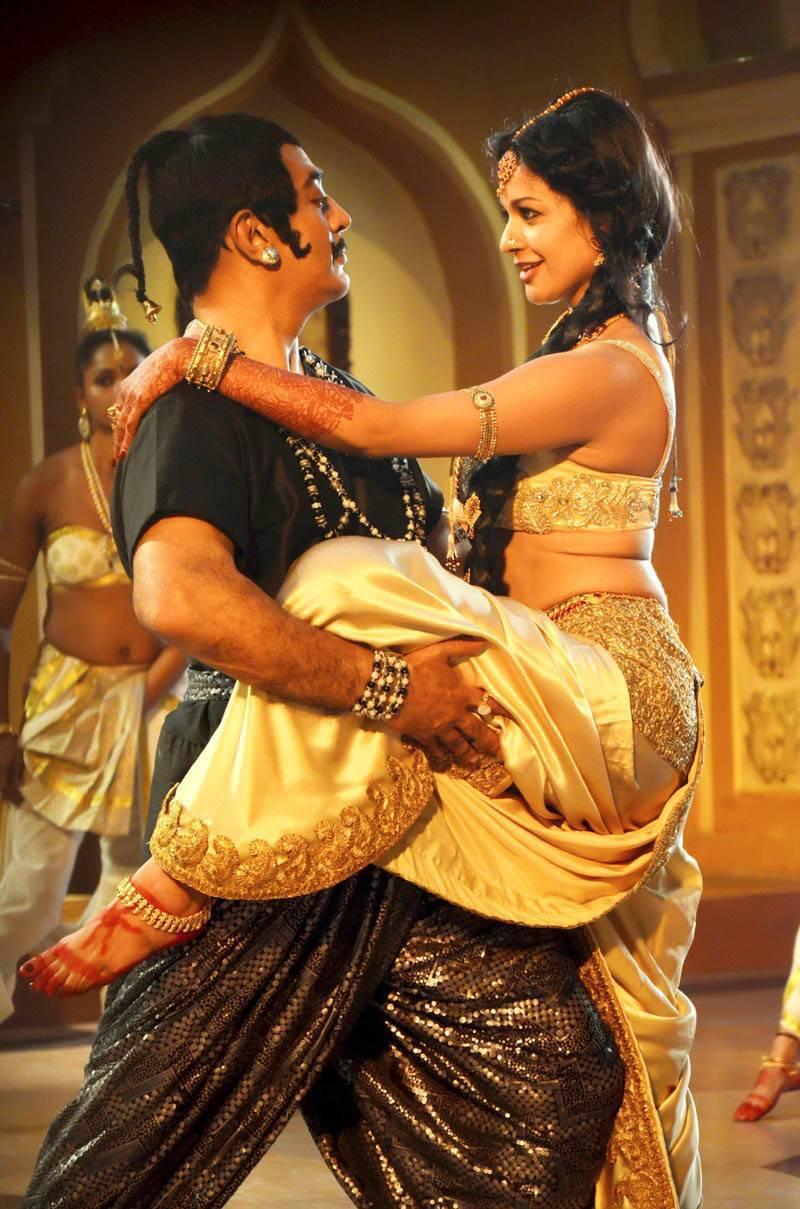 Kamal Haasan-Uttama Villain Film Pics, Uttama Villain Movie Hot HD Stills & Wallpapers
