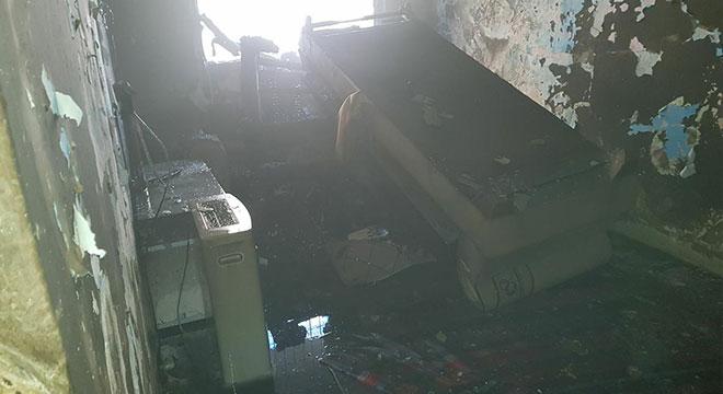 Silvan'da psikolojik rahatsızlığı olduğu iddia edilen kişi evini yaktı