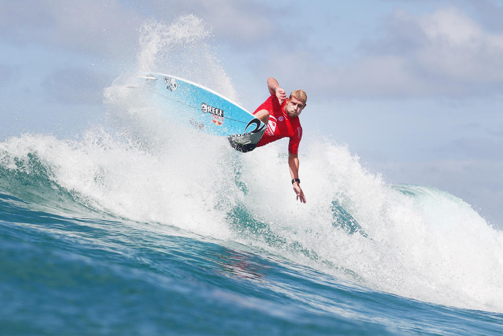 21 Mick Fanning 2016 Quiksilver Pro Gold Coast foto WSL Kirstin Scholtz