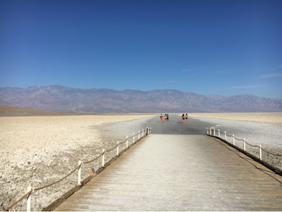Roadtrip USA - on the road again - Death Valley Badwater