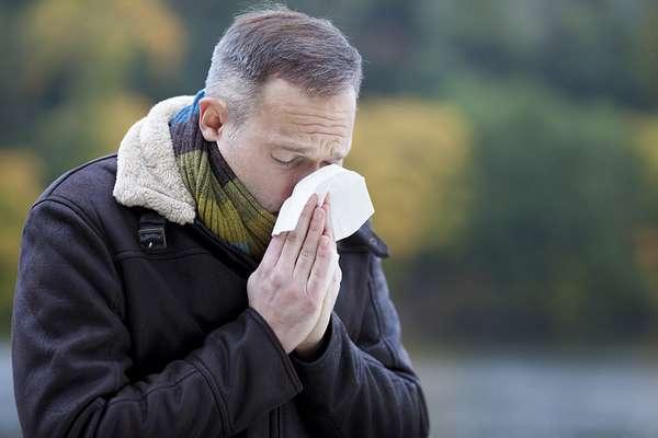 Bronchite  toux sèche, fièvre... Symptômes et traitement