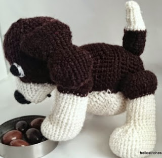 https://translate.googleusercontent.com/translate_c?depth=1&hl=es&prev=search&rurl=translate.google.es&sl=en&u=https://hellostitchesxo.wordpress.com/2015/01/20/beagle-dog-amigurumi-crochet-free-pattern/&usg=ALkJrhhfaxOTVfsQ9MEvAgzjiwetFuAOOA