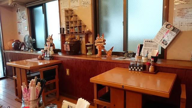 東江そばの店内の写真