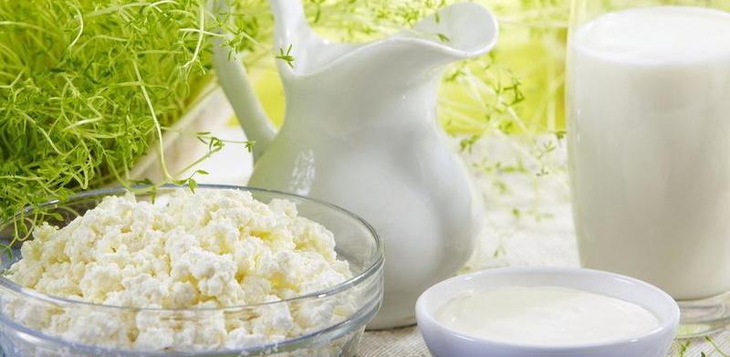 Молочну революцію перенесли: чого чекати селянам і покупцям?
