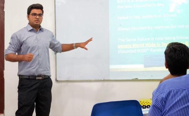 Syed Faizan Ali Blogger Sharing his Story