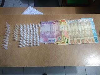 Polícia Militar registra ocorrência de tráfico de drogas em Registro-SP durante a madrugada
