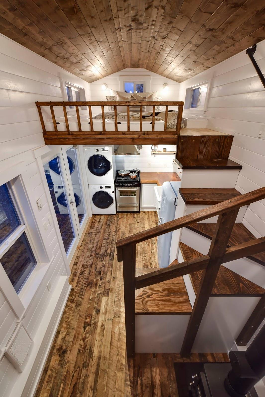 TINY HOUSE TOWN: Rustic Tiny From Mint Tiny House Company