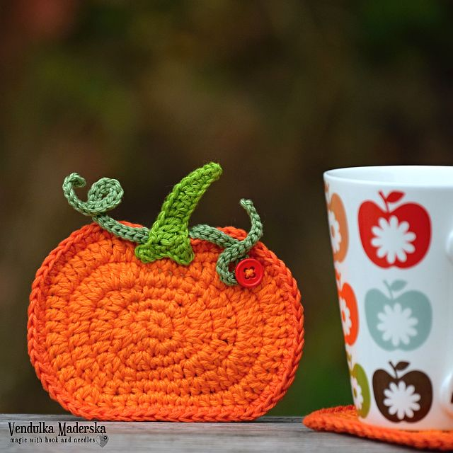 crochet pumpkin coaster by VendulkaM