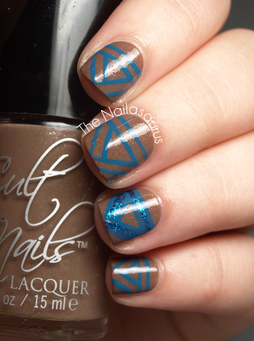31dc2012 Day 10 Gradient Nails: Doooo You Have The Time? - The Nailasaurus