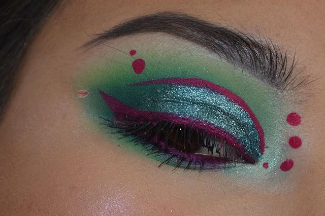 smokey verde, glitter bomb, emeral jewel, pupa milano, eyeliner fucsia