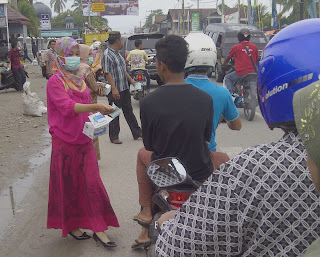 Antisipasi Kabut Asap, Pemkab Abdya Bagi 10 Ribu Masker