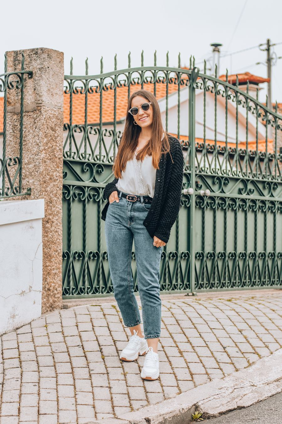 mom jeans lace shirt chunky sneakers outfit