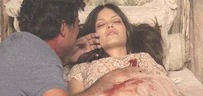 Américo (Felipe Camargo) já teve delírio com Cris/Julia (Vitória Strada) morta no casarão assombrado