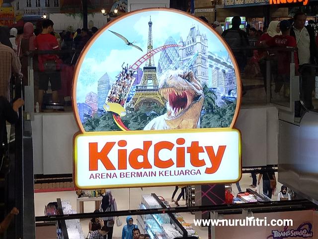 https://nurulfitridiary.blogspot.com/2017/08/liburan-seru-di-kidcity-transmart.html
