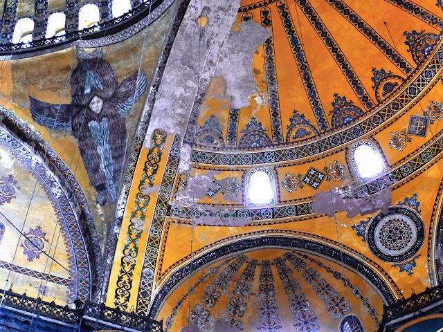 Santa Sofía, ángeles de la cúpula
