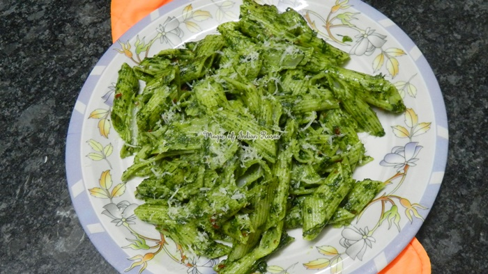 Spinach Penne Pasta Recipe - स्पिनच पेन्ने पास्ता रेसिपी - Priya R - Magic of Indian Rasoi