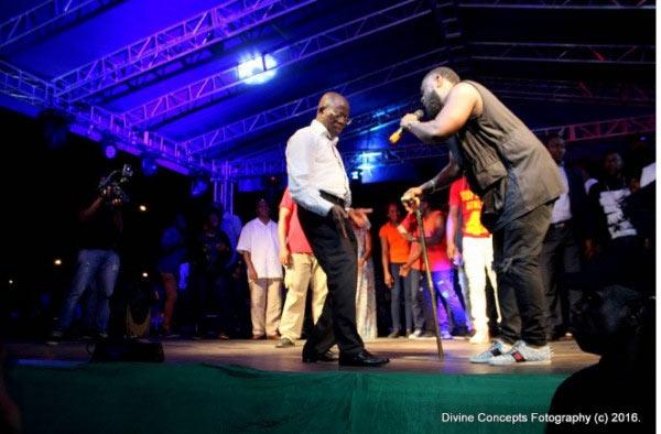 Oshiomhole shows off dance moves to Patoranking as APC jubilates