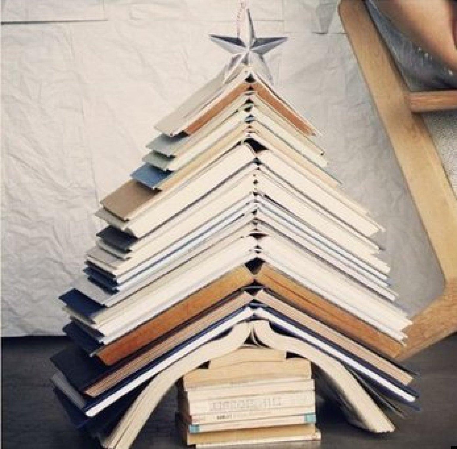 originales rboles de navidad hechos con libros