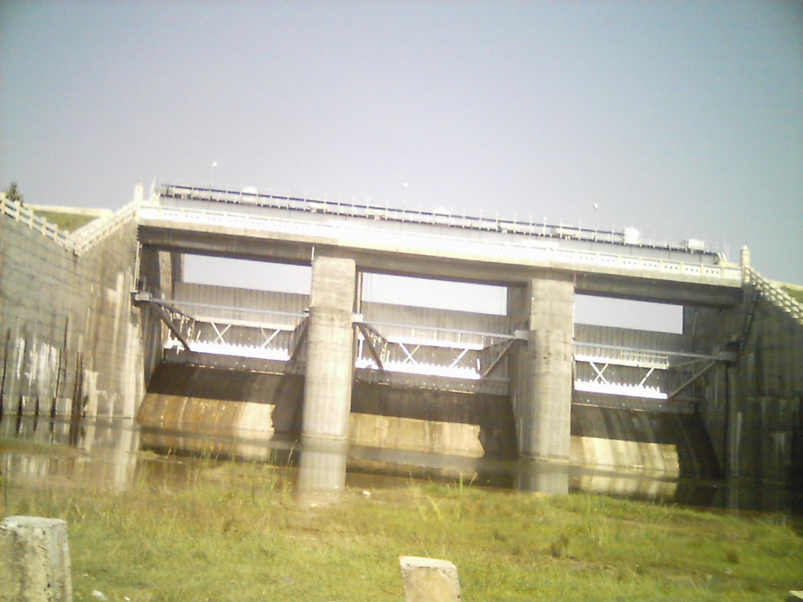 Tamilnadu Tourism: Veedur Dam, Villupuram