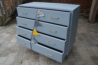 commode-enfant-vintage-retro-bleu-gris-urlu-et-berlu