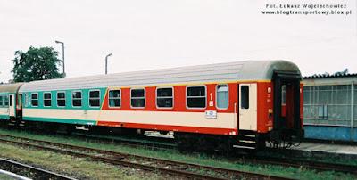 Dwuklasowy wagon serii ABdnu
