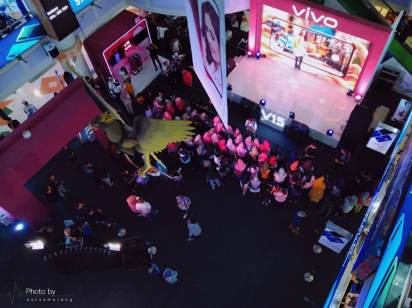 Semarang Kota Pertama Vivo Roadshow V15 Go Up