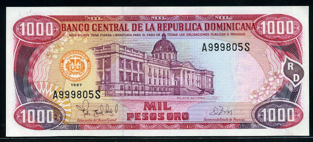 Dominican Money 1000 Pesos Banknote currency notes