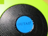Logo: OUTAD 2-in-1 Outdoor Wireless Bluetooth Lautsprecher & LED Lampe mit eingebautem Mikrofon, einstellbarem Licht und Broadcom 3.0