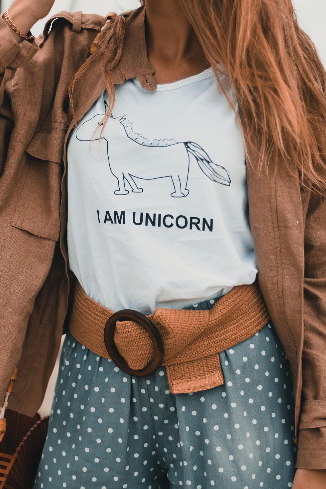 camiseta dibujo unicornio
