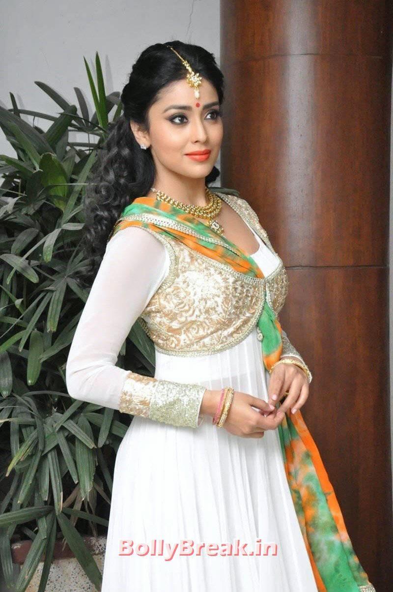 Actress Shriya Saran Unseen Stills, Shriya Saran Latest Hot HD Pics in White Anarkali Dress