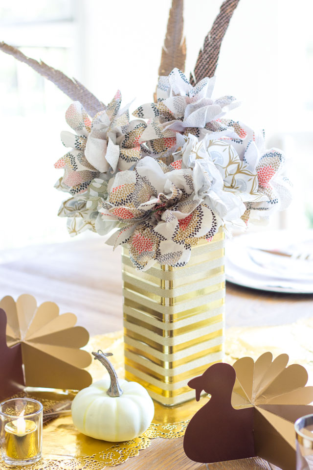 Transform an old glass florist vase with gold washi tape!