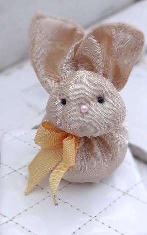 Ovillo de Eli: Conejo de tela para Baby Shower