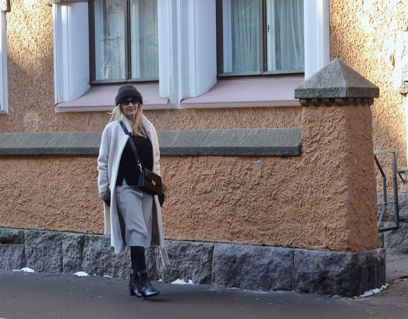 ganni coat, kappahl jeans, samuji beanie, agnes cecilia bag
