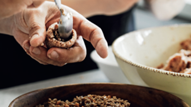 Use an unbleached fine grain and soak it in cold water until it is fully reconstituted so Lamb and pine nut kibbeh recipe