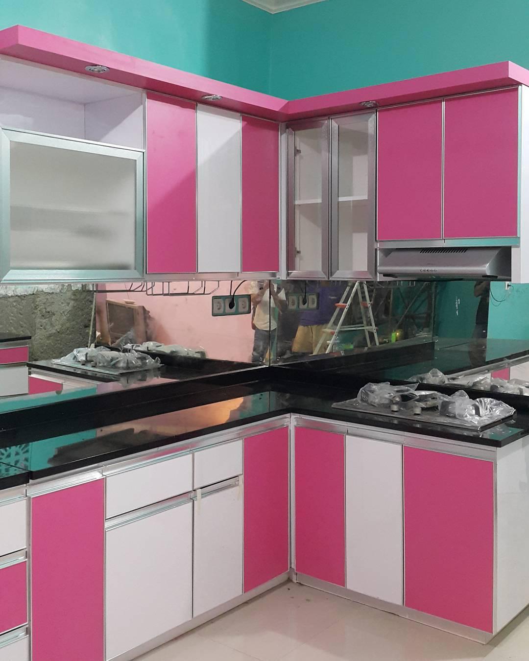 Kelly kitchen set minimalis for Buat kitchen set sendiri