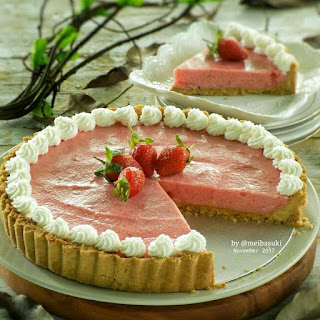Ide Resep Kue Strawberry Mousse Tart