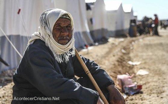 Refugiado musulmán en un campo de Turquía