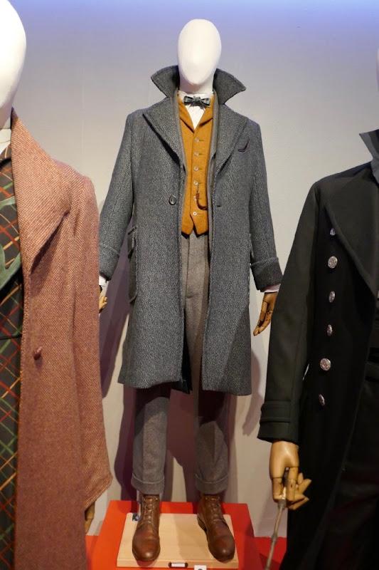 Eddie Redmayne Fantastic Beasts 2 Newt Scamander costume