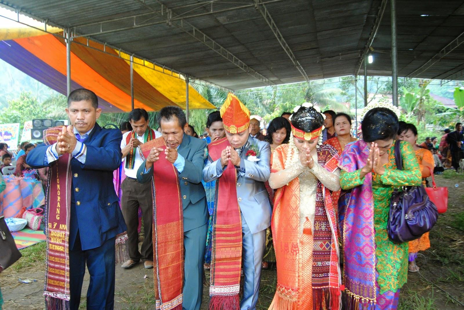 Pesta Adat