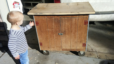 Wooden microwave cart DIY