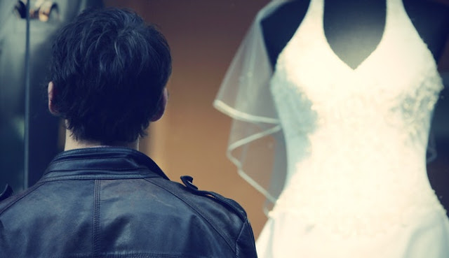 9 Alasan Jika Menikah Itu Tak Perlu Terburu-buru